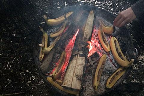 Wildnispädagogik Aufbaukurs - Bananen mit Schokolade