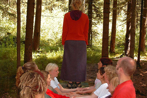 Wildnispädagogik Aufbaukurs - erlebnispädagogische Aktionen und Gruppenphasen